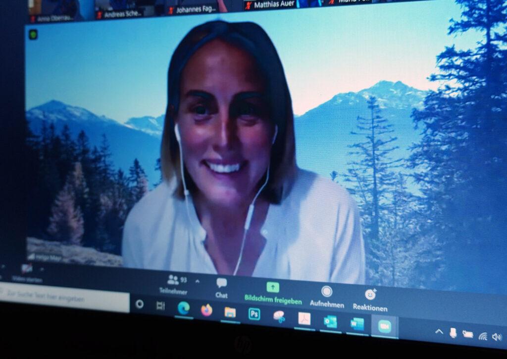Screenshot Helga Mayr